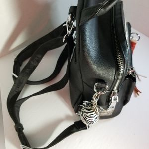 Monalisa classic leather knapsack